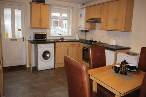 3 bedroom terraced house to rent - Cecil Street, Derby,