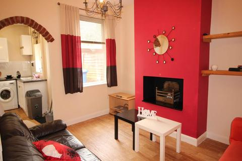 4 bedroom terraced house to rent - Stables Street, Derby,