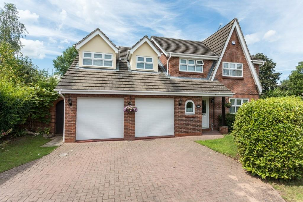 4 Bedrooms Detached House for sale in Millrace Drive, Wistaston
