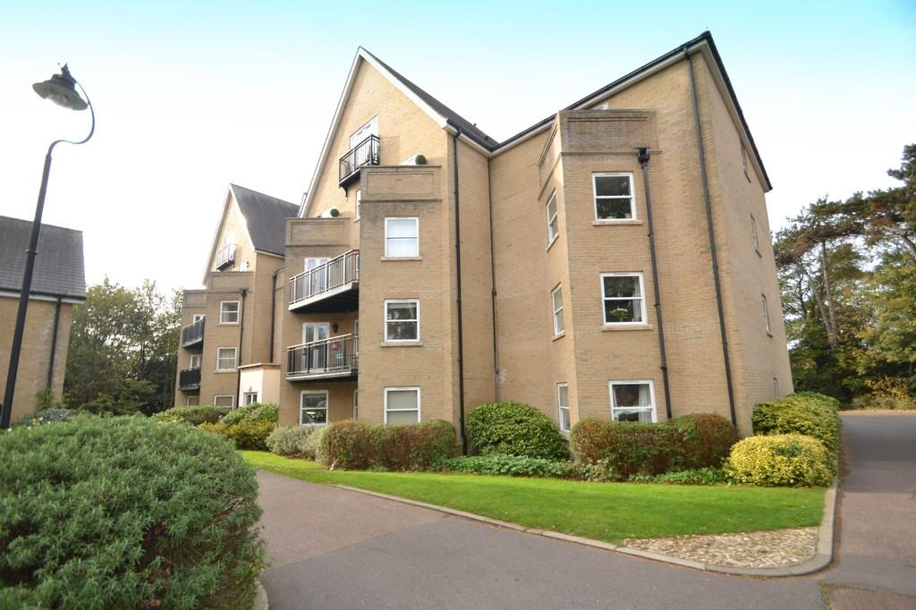 2 Bedrooms Apartment Flat for sale in St. Marys Road, Ipswich, IP4 4SP