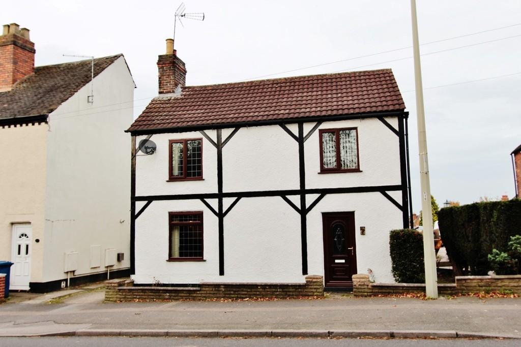 4 Bedrooms Cottage House for sale in Watling Street, Two Gates