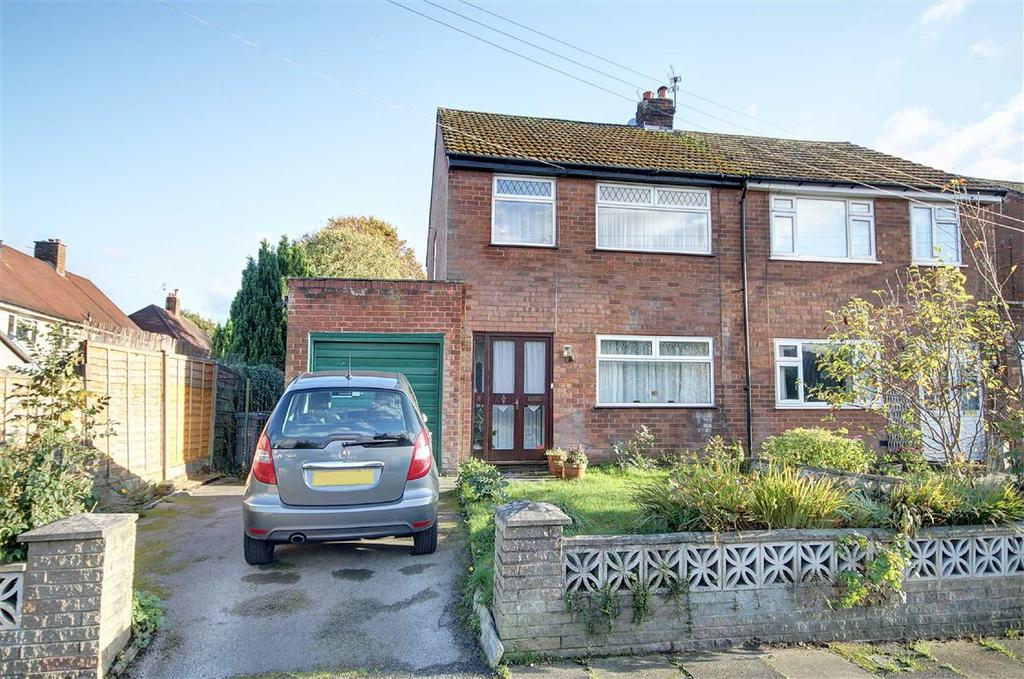 3 Bedrooms Semi Detached House for sale in The Mount, Hale Barns, Cheshire