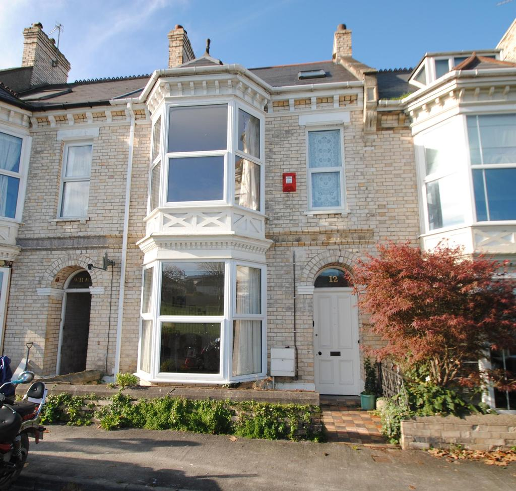 4 Bedrooms Terraced House for sale in Hills View, Barnstaple