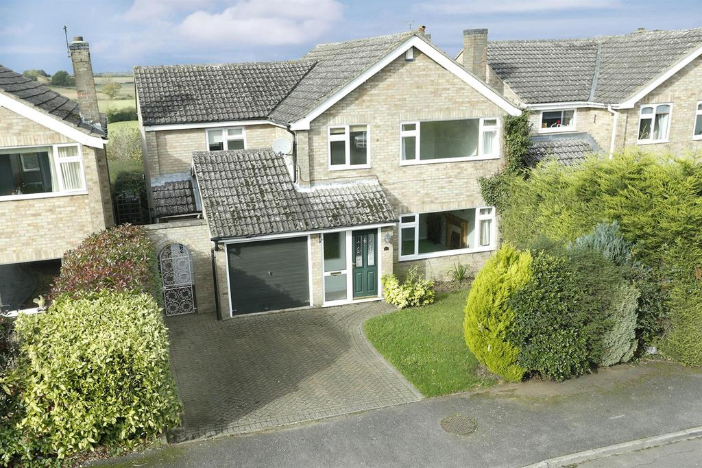 4 Bedrooms Detached House for sale in Wakefield Drive, Welford
