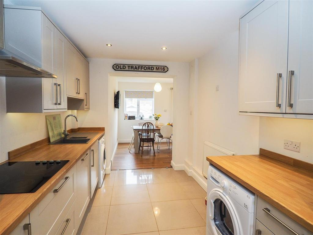 3 Bedrooms Terraced House for sale in Merton Road, Bearsted, Maidstone