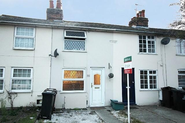 2 Bedrooms Cottage House for sale in Fingringhoe Road, Colchester, Essex, CO2