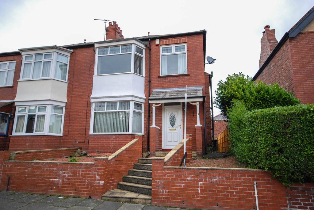 3 Bedrooms Semi Detached House for sale in Summerfield Road, Low Fell
