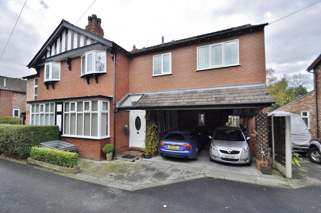 4 Bedrooms Semi Detached House for sale in Jesmond Grove, Cheadle Hulme,