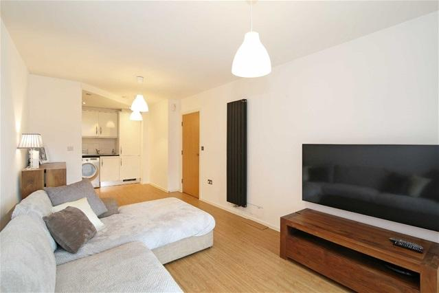 2 Bedrooms Flat for sale in The Oxygen Apartments, Seagull Lane, Excel