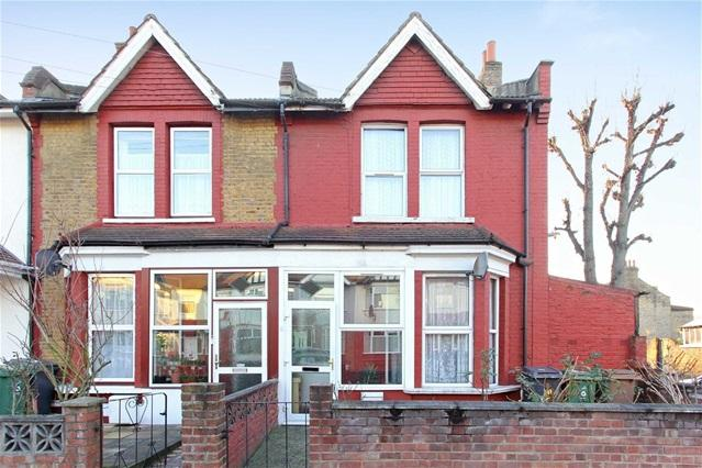 3 Bedrooms House for sale in Manor Road, Leyton