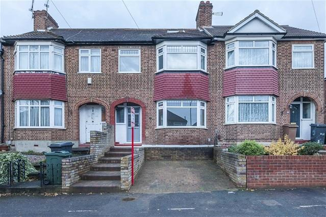 4 Bedrooms House for sale in Carnanton Road, Walthamstow
