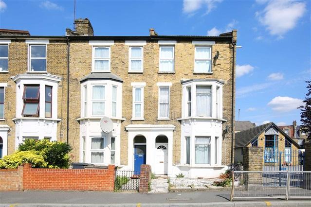 2 Bedrooms Flat for sale in Grange Park Road, Leyton