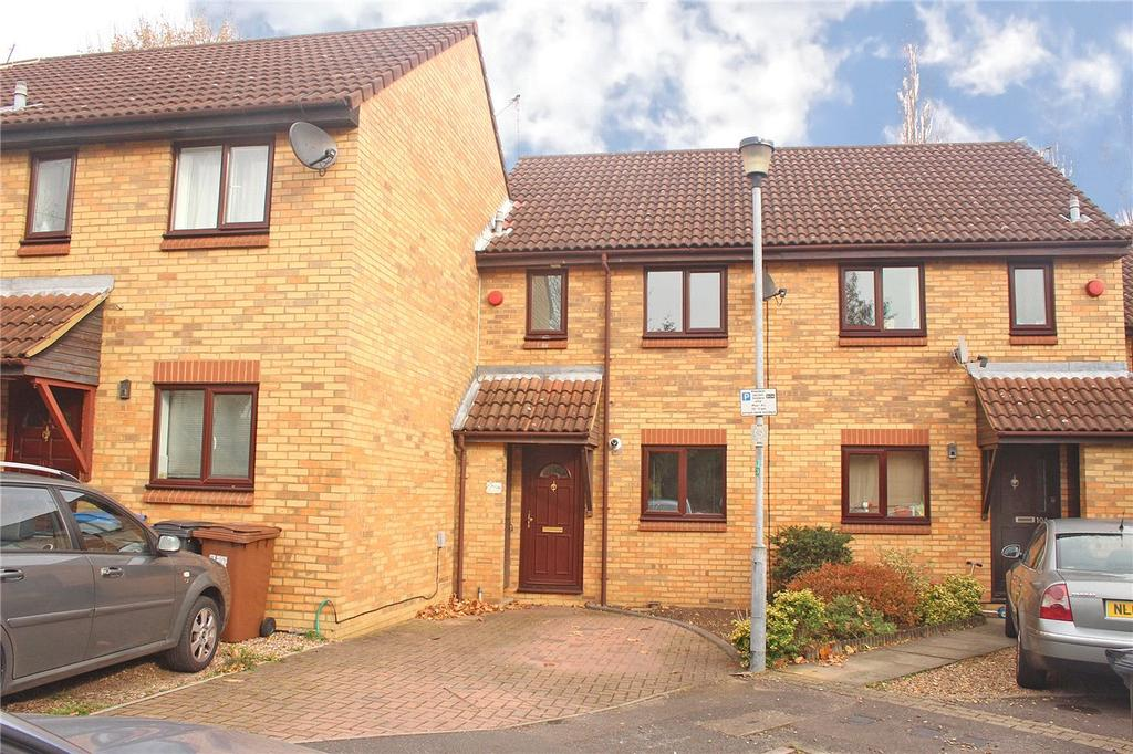 2 Bedrooms Terraced House for sale in Bull Stag Green, Hatfield, Hertfordshire