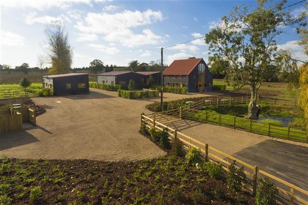4 Bedrooms Detached House for sale in The Shepherds Fold, Broad Oak Farm, Mersham