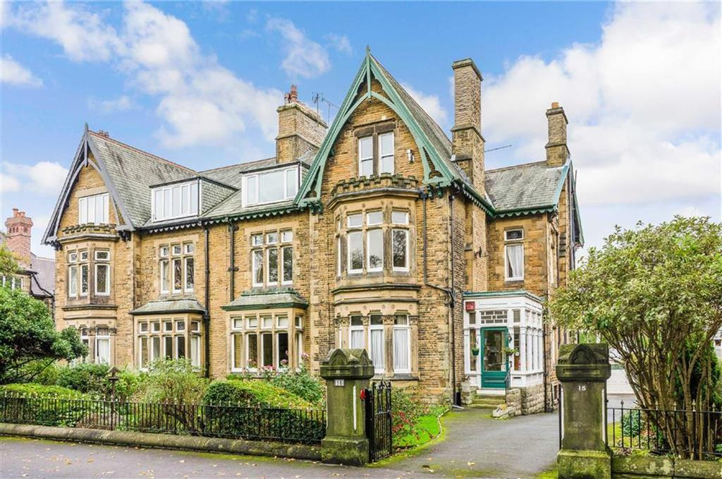 2 Bedrooms Apartment Flat for sale in Park Drive, Harrogate, North Yorkshire