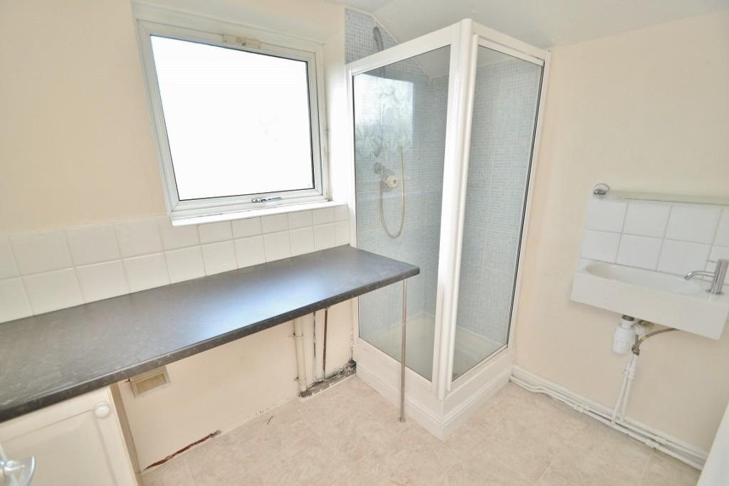Bathroom/Utility Roo