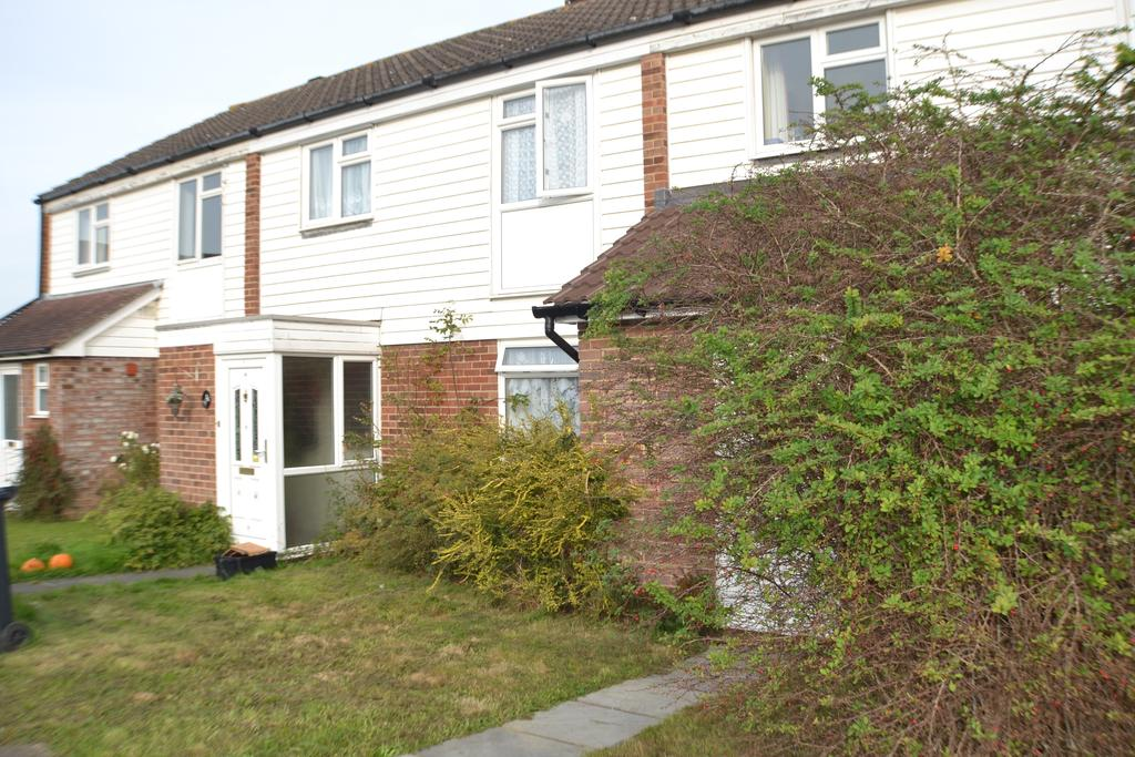 3 Bedrooms Terraced House for rent in Avondale Close, Horley RH6
