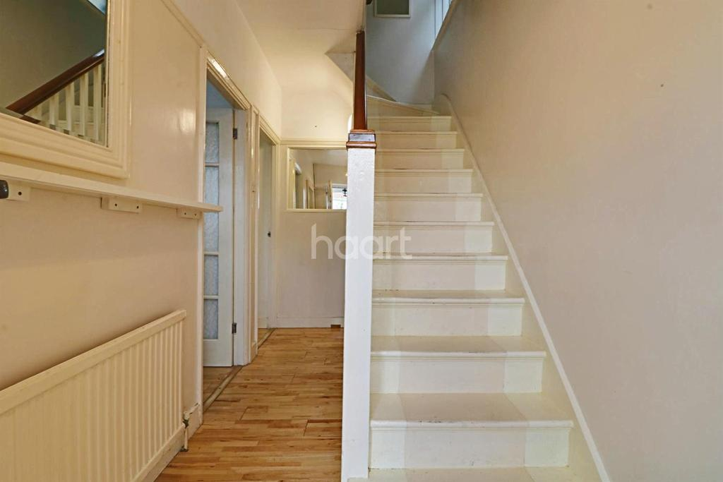 3 Bedrooms Semi Detached House for sale in Chalfont Avenue, Wembley