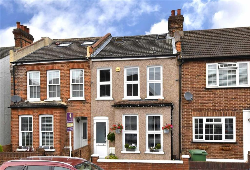 3 Bedrooms Terraced House for sale in Godwin Road, Bromley, Kent