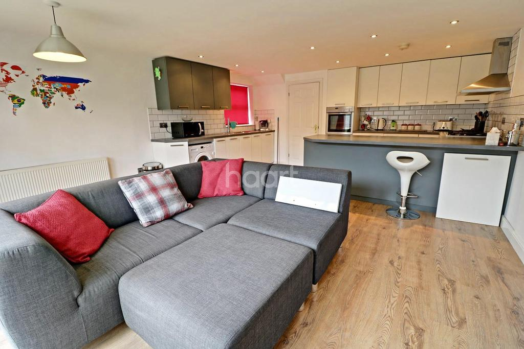 3 Bedrooms Detached House for sale in Baker Crescent, Lincoln