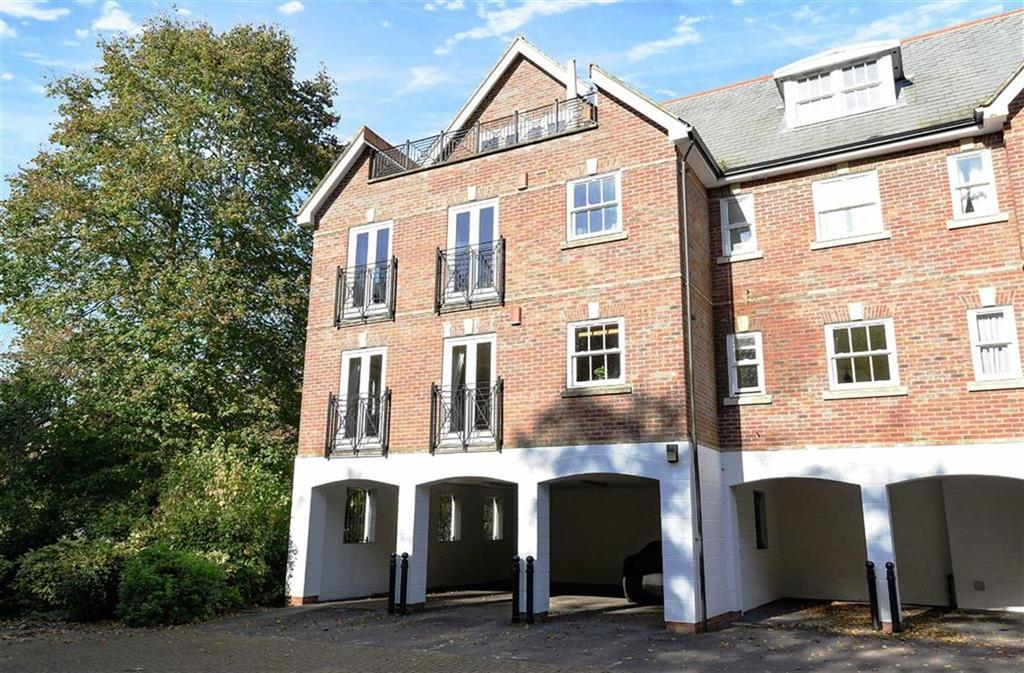 2 Bedrooms Flat for sale in Albury House, Sells Close, Guildford, Surrey, GU1