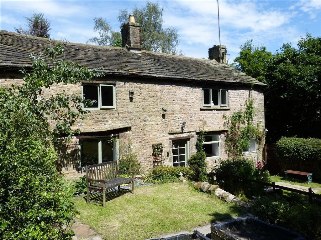 3 Bedrooms Semi Detached House for sale in Woodhead Road, Glossop