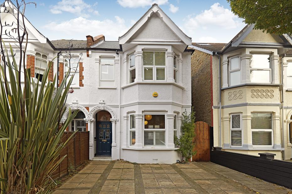 3 Bedrooms Semi Detached House for sale in Agnes Road, Londn W3