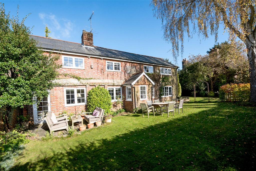 4 Bedrooms House for sale in Easton, Hampshire, SO21