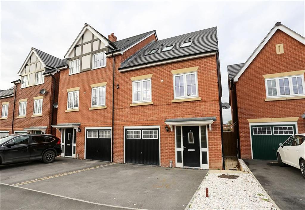 3 Bedrooms Town House for sale in Hornbeam Close, Great Moor, Stockport