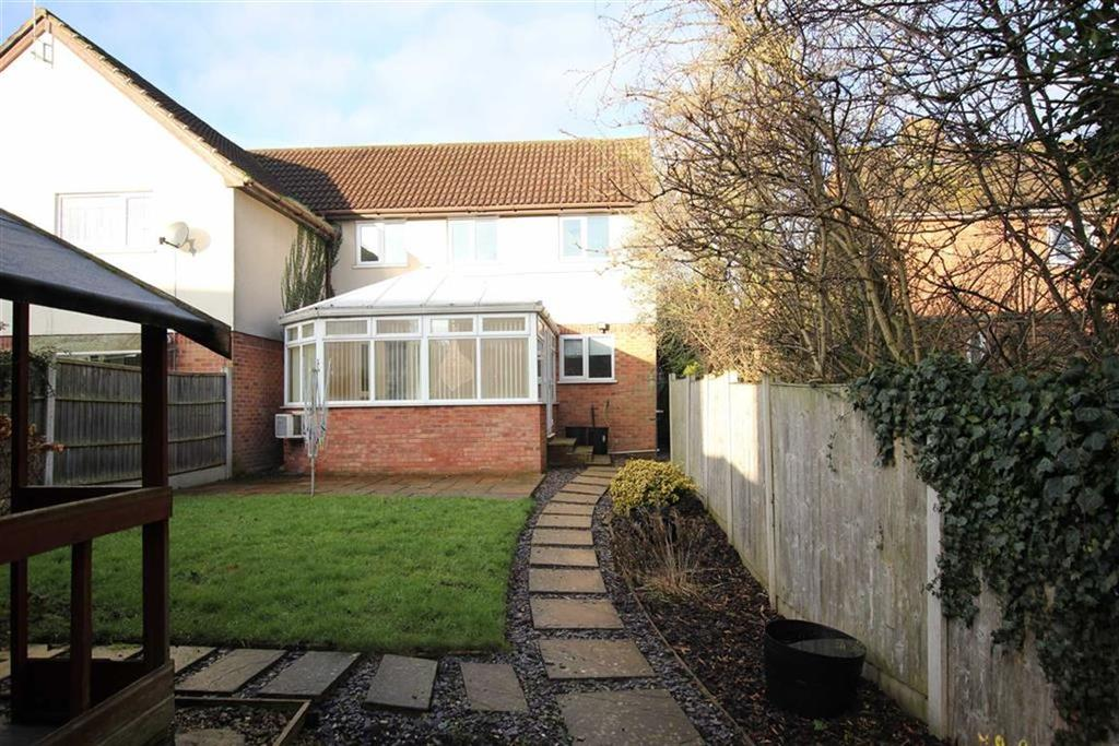 3 Bedrooms Semi Detached House for sale in Springfields, Mickle Trafford, Chester