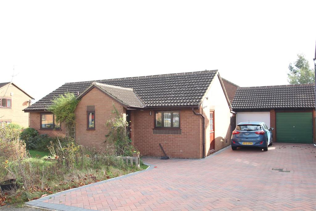 3 Bedrooms Detached Bungalow for sale in Hampton, Great Holm, Milton Keynes