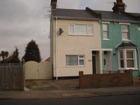 2 Bedrooms End Of Terrace House for sale in St Oysth Road , Clacton-on-Sea CO15