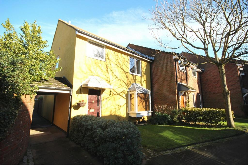 4 Bedrooms End Of Terrace House for sale in St Aubyns Court, POOLE, Dorset