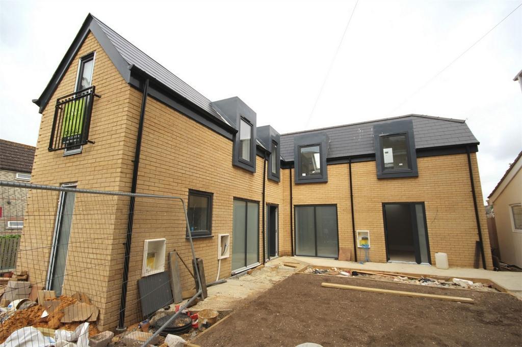 1 Bedroom Semi Detached House for sale in 81 Longfleet Road, Poole, Dorset