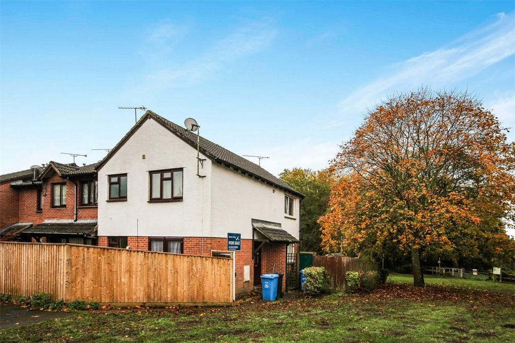 1 Bedroom House for sale in Larch Close, Creekmoor, Poole, Dorset