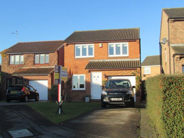 3 Bedrooms Detached House for sale in BANKSTON CLOSE, NAISBERRY PARK, HARTLEPOOL