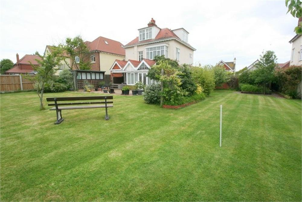 Land Commercial for sale in Building plot, Connaught Avenue, FRINTON-ON-SEA, Essex