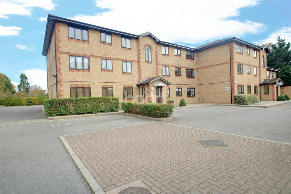 1 Bedroom Flat for sale in Hutchins Close