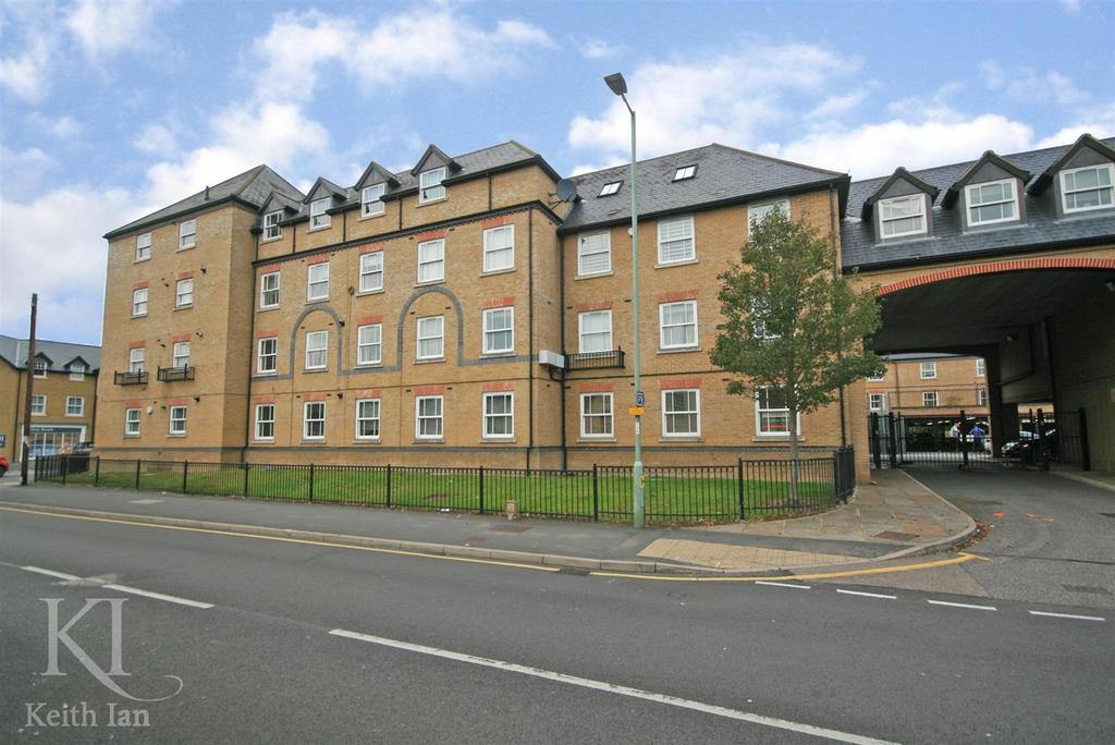 1 Bedroom Apartment Flat for sale in CHAIN FREE, Bowsher Court, Ware