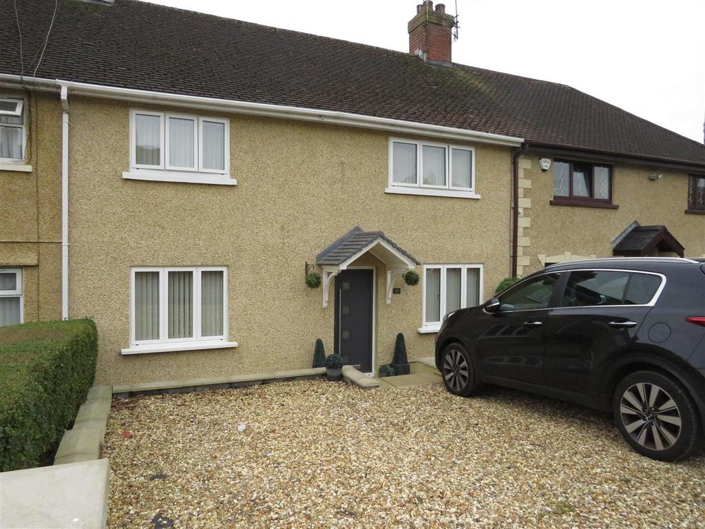 3 Bedrooms Terraced House for sale in Browen, Llanelli