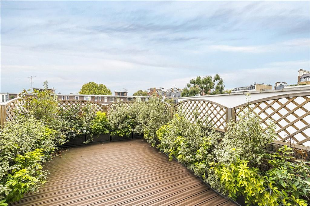 4 Bedrooms Maisonette Flat for sale in Queen's Gate, South Kensington, London, SW7