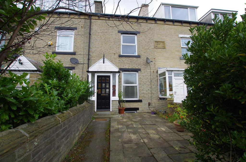 3 Bedrooms House for sale in College Terrace, Halifax