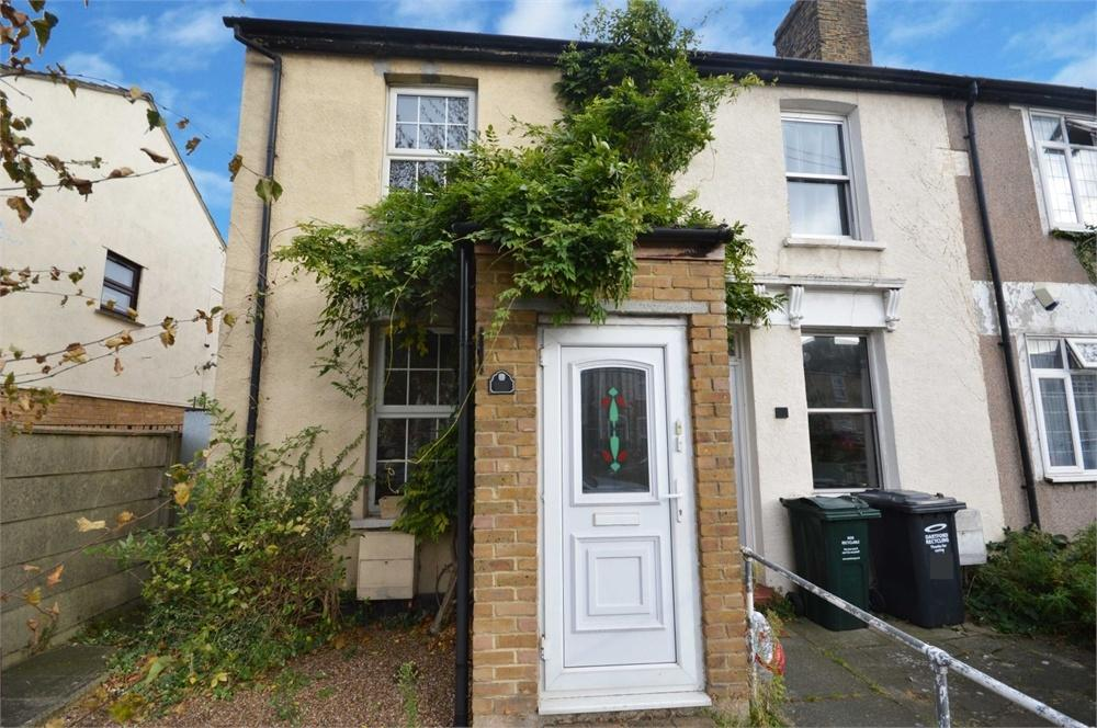 2 Bedrooms Detached House for sale in Invicta Road, Dartford