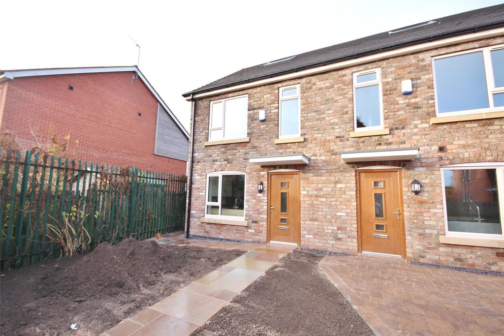 3 Bedrooms End Of Terrace House for sale in Riseholme Road, Lincoln, LN1