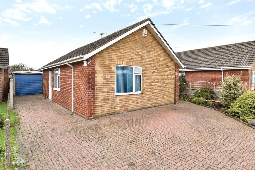 2 Bedrooms Detached Bungalow for sale in Lagonda Close, Bracebridge Heath, LN4