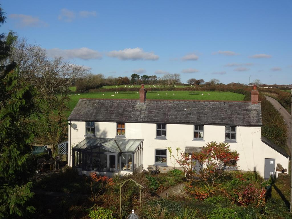 4 Bedrooms Detached House for sale in Chilsworthy, Holsworthy