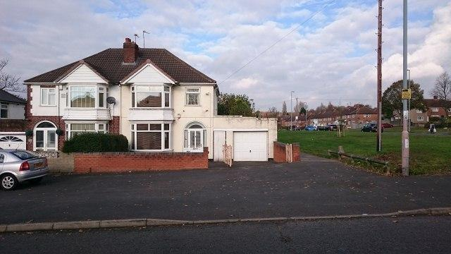 3 Bedrooms Semi Detached House for sale in Jerrys Lane,Erdington,Birmingham