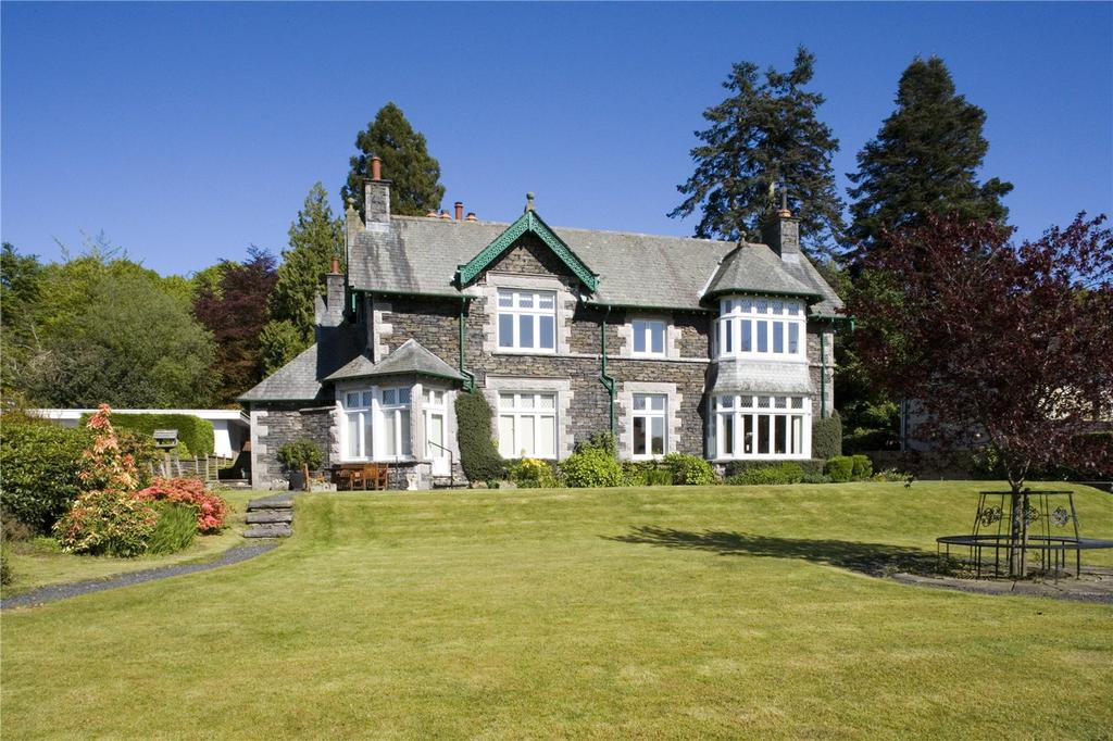 4 Bedrooms Flat for sale in Cannon Close, Bowness-on-Windermere, Windermere, Cumbria
