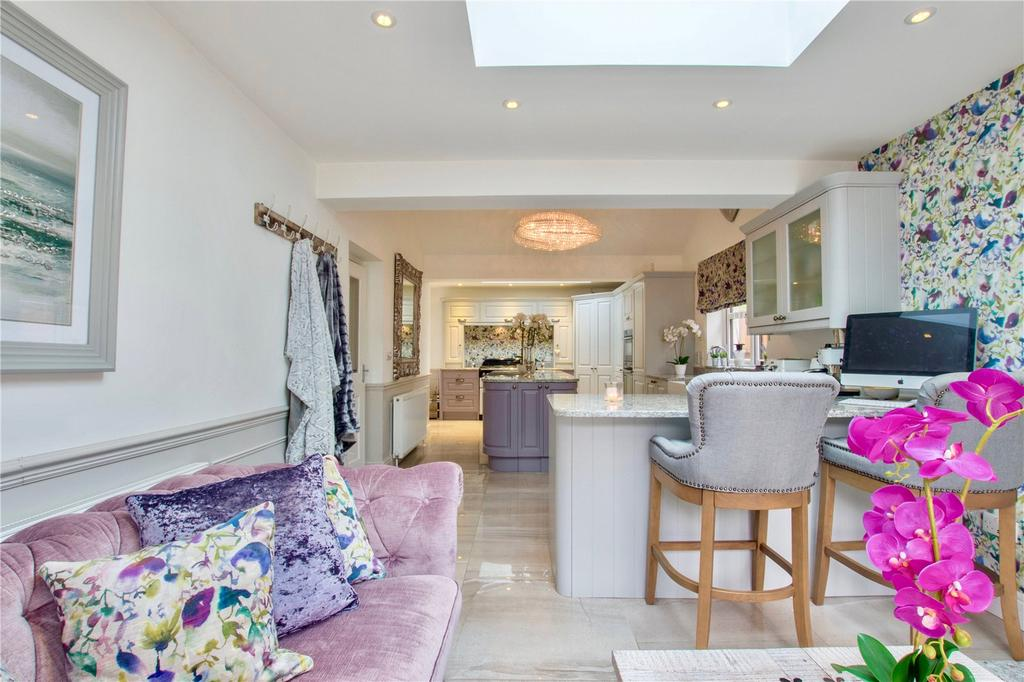 5 Bedrooms Detached House for sale in Plantation Bridge, South Lakeland, Cumbria