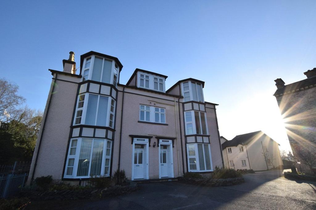 2 Bedrooms Flat for sale in Apartment No.1 Green Bank Chase, Green Bank, Bowness-on-Windermere, Windermere